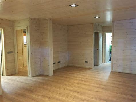 interiores de casas de co interior casa de madera 191 madera o pladur