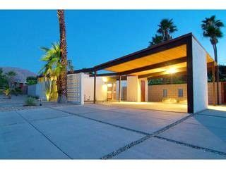 The Garage Palm Springs by Vacation Rentals The O Jays And Palms On