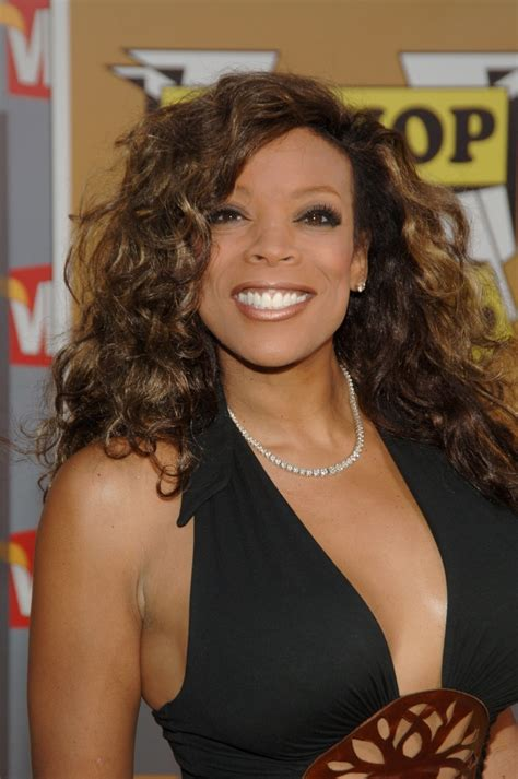 wendy williams wigs the many wigs of wendy williams