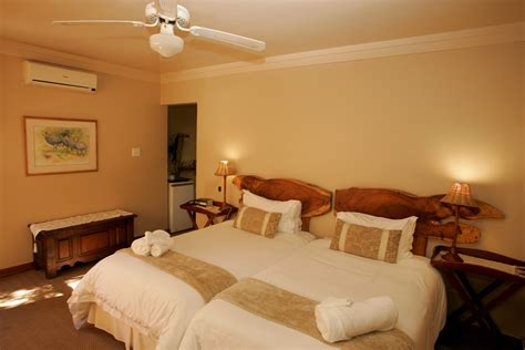 maple room maple room luxurious bed and breakfast accommodation bloemfontein