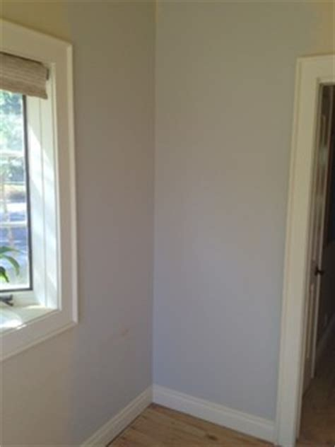 need help with paint color is revere pewter blue in this room