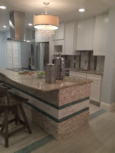 Kitchen Island Tile Standing Quartz Pebble Tile Kitchen Island And Backsplash