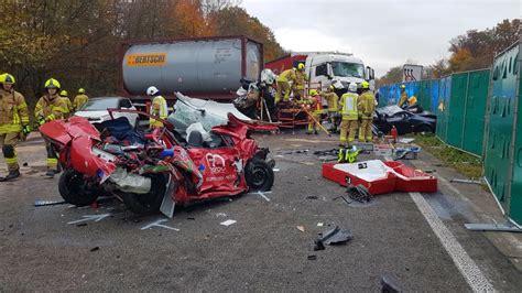 Motorradunfall A3 Gestern by Unfall Auf A3 Richtung Oberhausen Ein Toter Autobahn