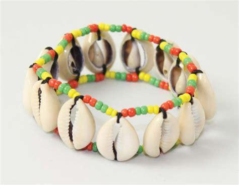 membuat gelang elegan cara membuat gelang dari cangkang kerang bisnis borneo