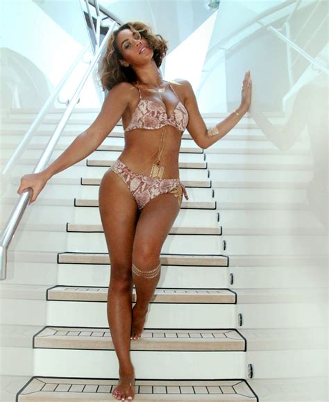 imagenes hot beyonce beyonce releases more hot vacation photos nigerian