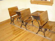 Types Of School Desks by 1000 Ideas About School Desks On Vintage School Desks School Desk Makeover And