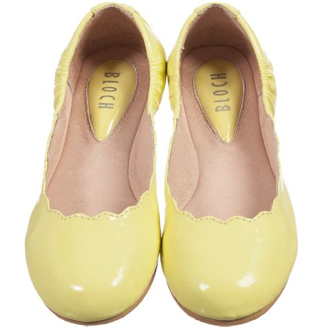 ballerina shoes bloch yellow patent leather scallop ballerina