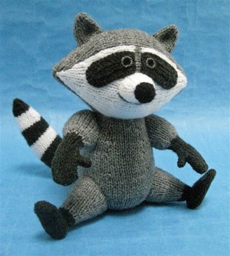 alan dart black and white cat knitting pattern raccoon alan dart alan dart