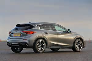 Q30 Infiniti Infiniti Q30 2 2 Diesel 2016 Review Pictures Auto Express