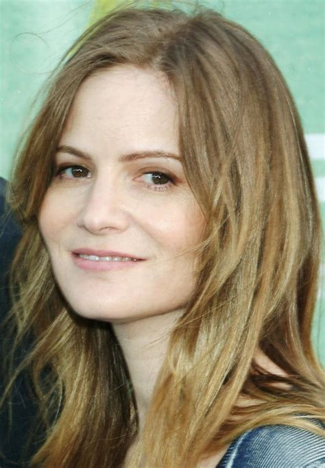 jennifer jason leigh young pictures jennifer jason leigh bra size age weight height