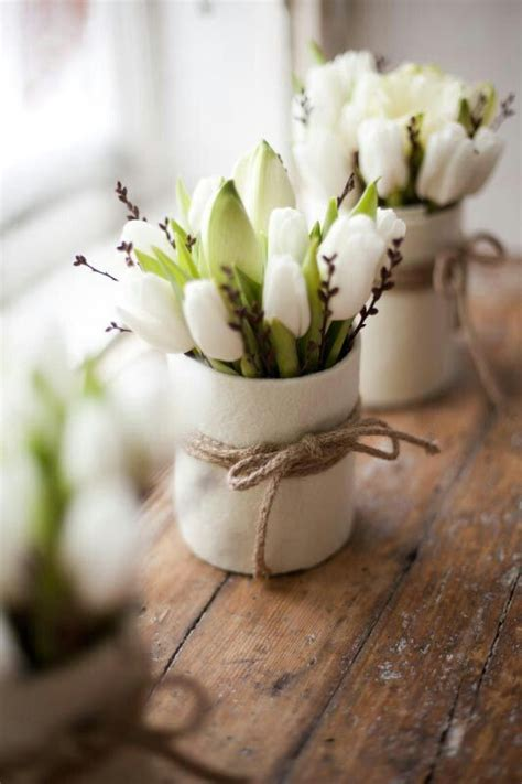 how to incorporate tulips into your d 233 cor 49 ideas digsdigs