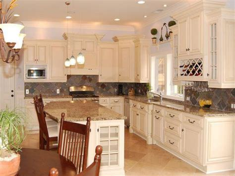 White Cabinets by Antique White Kitchen Cabinets Design Kitchen Cabinets
