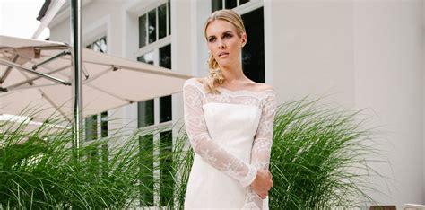 Hochzeitskleid Kurz Langarm by Brautkleid Carmenausschnitt Mit Vintage Spitze Und Langarm