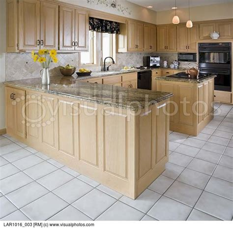 Kitchen Floor Ideas With Light Maple Cabinets 13 Best Images About Kitchen Remodel On