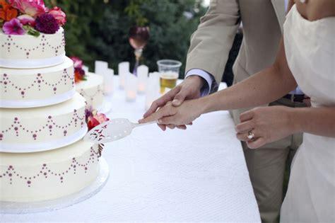 Hochzeitstorte Anschneiden by 120 Dekoideen F 252 R Hochzeitstorte Feste Feiern Mit Chic