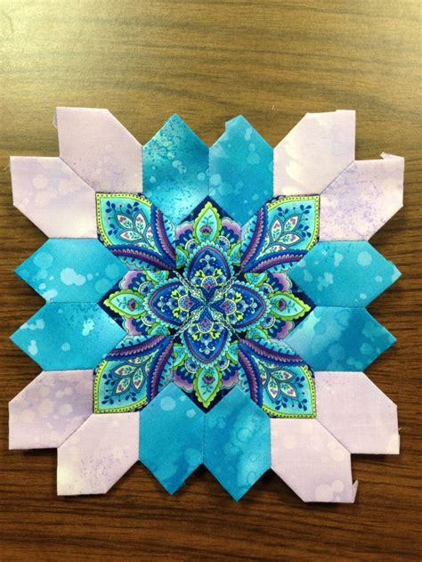 Patchwork Paper Piecing - 1000 ideas about paper piecing on