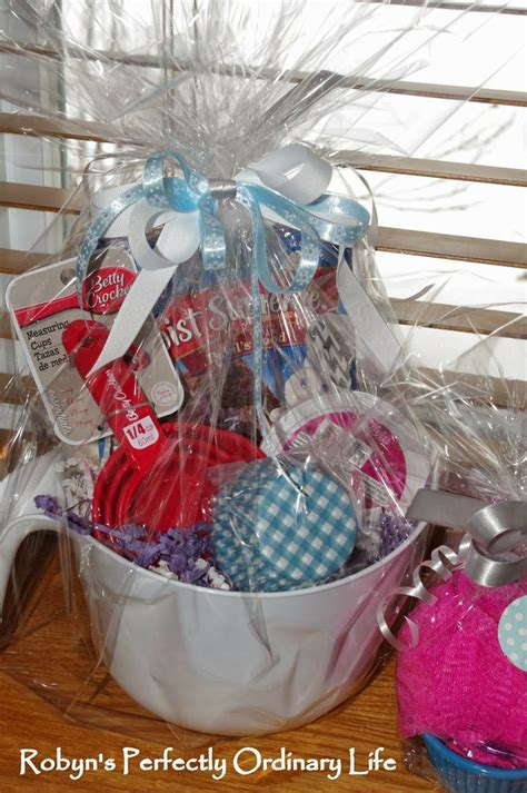 Gift Basket Decoration by 25 Unique Baking Gift Baskets Ideas On