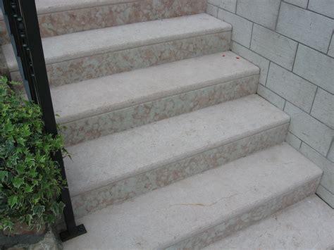 piastrelle per taverna pavimenti per scale esterne piastrelle per taverna foto