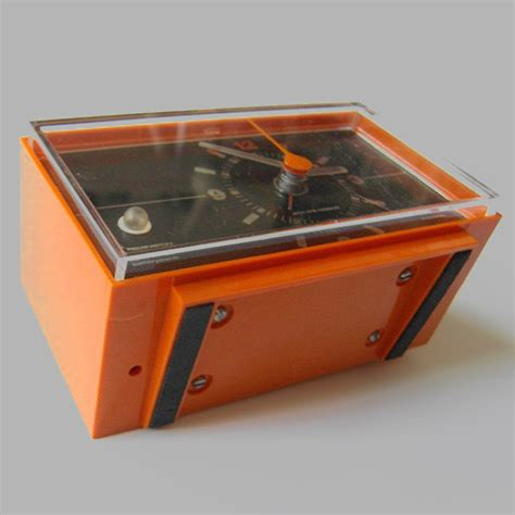 vintage remington electronic battery alarm clock
