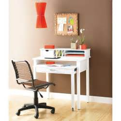 Small White Desk The World S Catalog Of Ideas