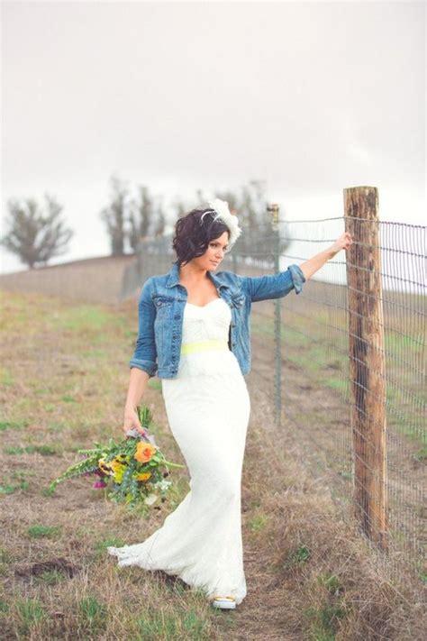 White Demin Wedding Dresses by 23 Ways To Rock A Denim Jacket At Your Wedding Weddingomania