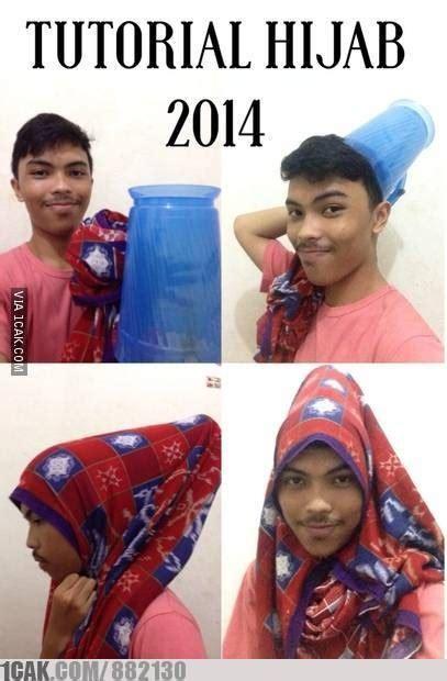 tutorial berhijab lucu 10 meme gaya hijab yg bikin kamu ngakak
