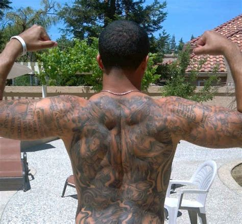 kaepernick tattoo colin kaepernick tactlenecks and qb predictiveness