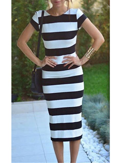 Stripi Dres Black midi dress black and white horizontal stripes