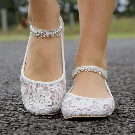 chagne wedding shoes don t forget a change of shoes don t forget to remind