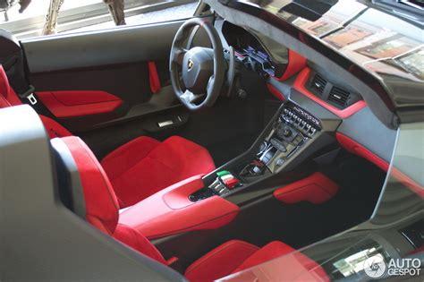 Price Of Lamborghini Veneno Roadster In India One Of The Nine Lamborghini Veneno Roadsters Can Be Found