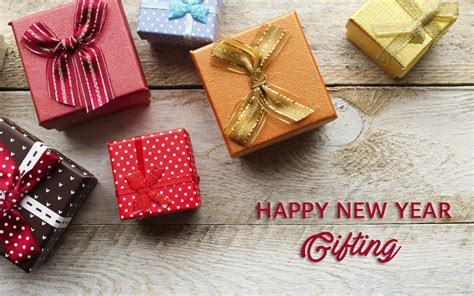 new year gift for your loved ones by sending new year gifts to