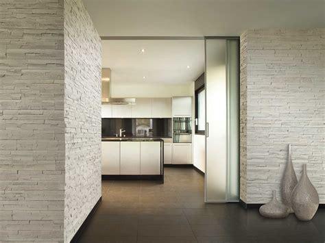 pareti interne rivestite in pietra stunning cucina con parete in pietra contemporary ideas