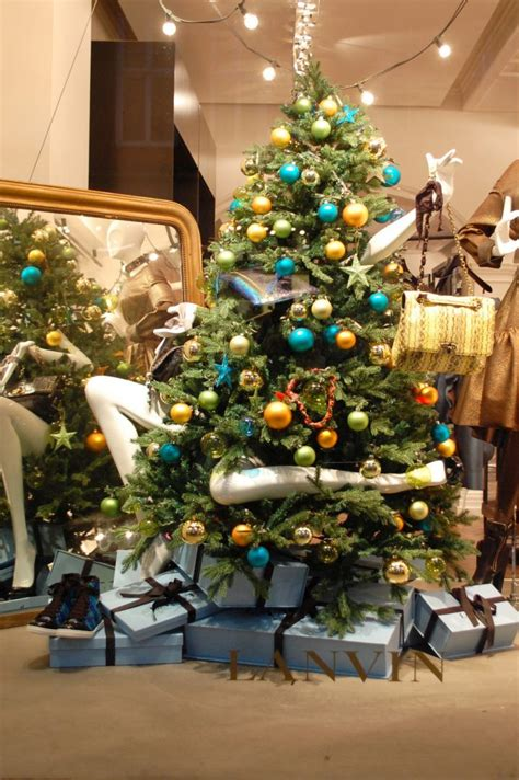 27 unique christmas decoration ideas for stores