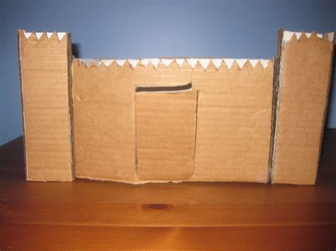 build a small castle how to make a cardboard mini castle