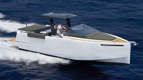 weekend cruiser boats de antonio d33 yacht is an angular small cruiser perfect