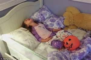 pimpandhost kids jimmy kimmel s halloween prank video shows kids sobbing