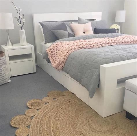 gray white and pink bedroom best 25 pink bedding ideas on light pink