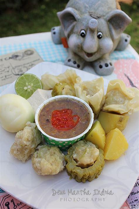 Somay Bandung my kitchen siomay bandung bandung steamed dumplings with peanut sauce