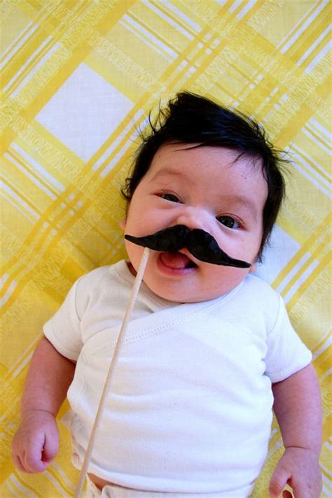 Baby Hängematten by Babies With Mustaches On Mustache Pacifier