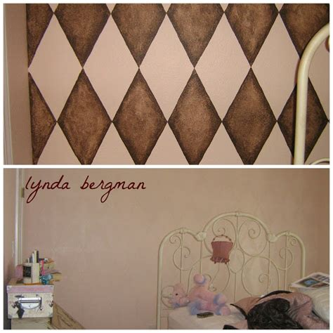 how to paint a diamond pattern on your wall maison d or lynda bergman decorative artisan drawing painting a