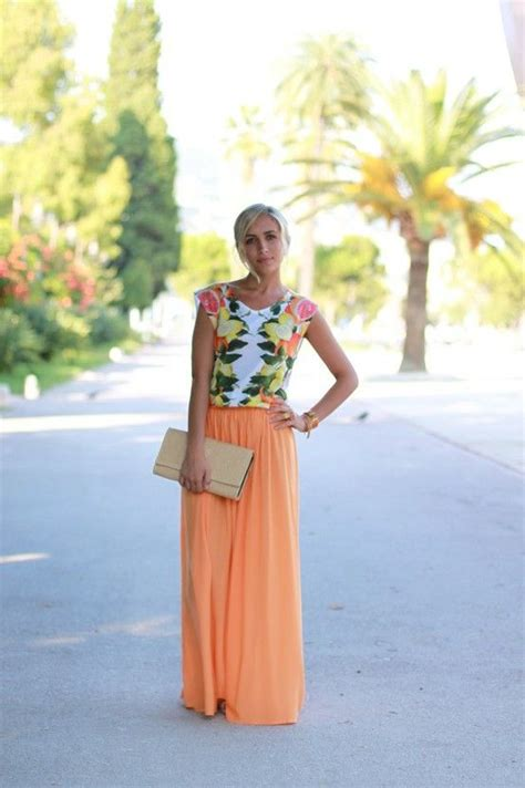 floral top maxi skirt like this combo wedding ideas