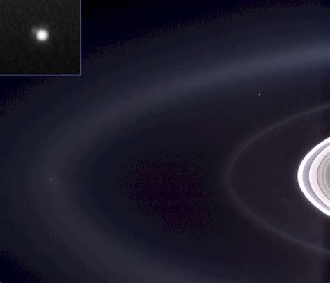 distance sun to saturn how far away is saturn