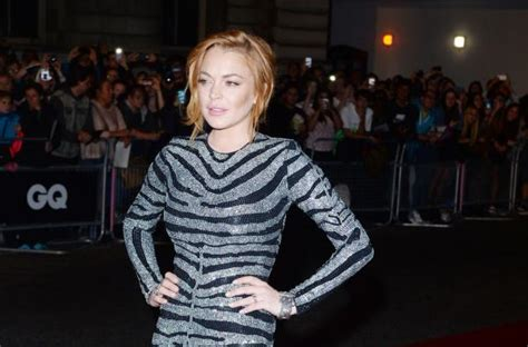 Lindsay Lohan Runs The In by Lindsay Lohan Announces On Instagram She May Run For