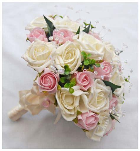 design bunga tangan trend contoh gambar bucket bunga tangan pernikahan