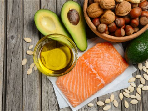 healthy fats monounsaturated 10 reasons you should be more monounsaturated