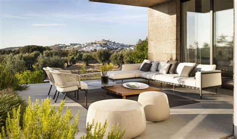 outdoor furniture for a naturally elegant living room