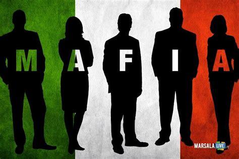 Mafia It Or It by Raimondo Cerami La Presenza Della Mafia Danneggia