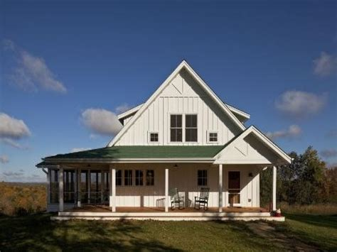 Single Story Farmhouse With Wrap Around Porch One Story Farmhouse House
