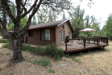Yosemite Friendly Cabins pet friendly cabin in yosemite california