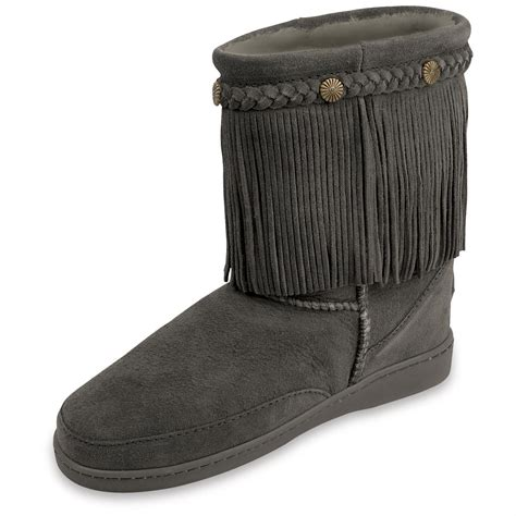 pugs boots s minnetonka 174 fringe classic pug boots 209310 casual shoes at sportsman s guide